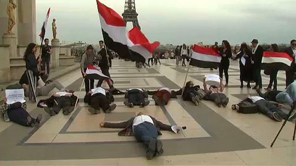 Jemen békéjéért tüntettek Párizsban