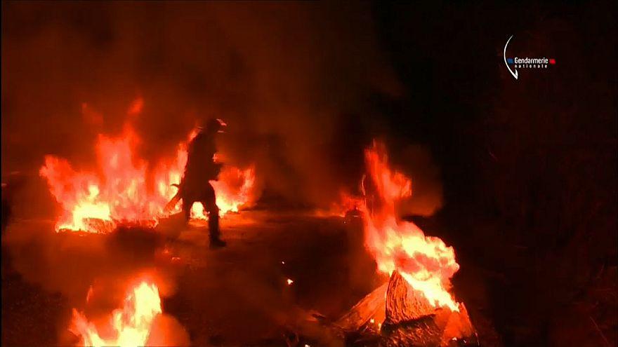 2.500 Gendarmen räumen Protestlager bei Nantes