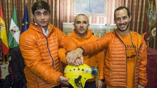 Ενώπιον της ελληνικής δικαιοσύνης τρεις Ισπανοί μέλη ΜΚΟ που βοηθά μετανάστες