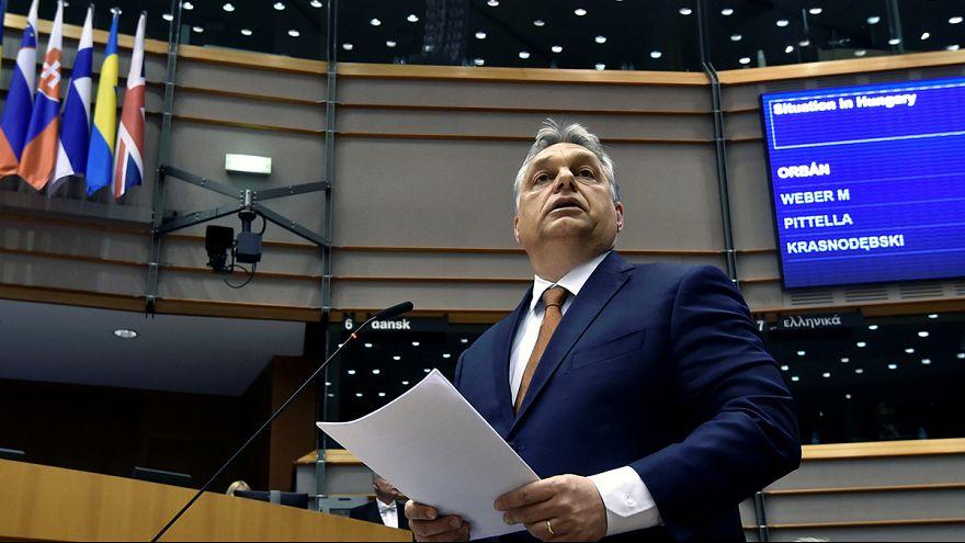Orbán Viktor az EP plenáris ülésén tavaly áprilisban