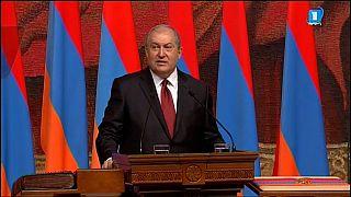 Le nouveau président arménien prête serment
