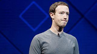 عذرخواهی زاکربرگ بخاطر کمکاری در جلوگیری از درز اطلاعات کاربران فیسبوک