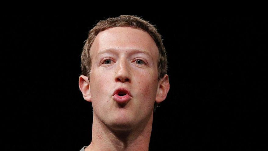 """Facebook-Chef Zuckerberg soll im US-Kongress """"gegrillt"""" werden"""