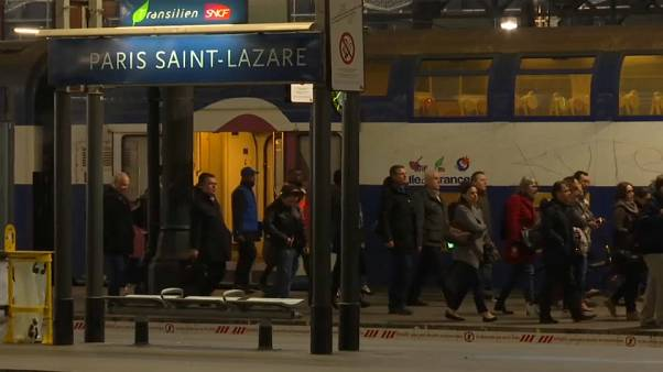French rail strikes: neither side backs down