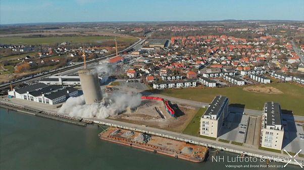 """В Дании """"снесло"""" башню"""