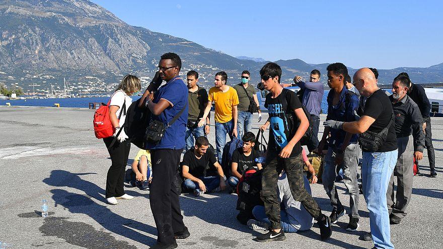 Επεισόδια στη Μόρια και νέες αφίξεις μεταναστών