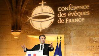 Fransa'da laiklik tartışması alevlendi