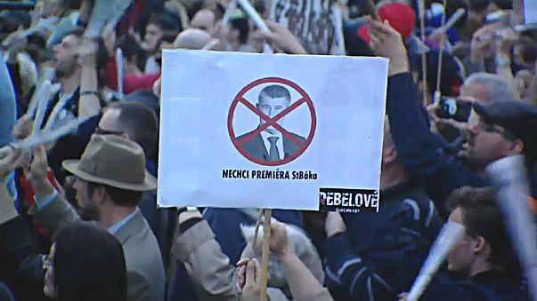 Чехи потребовали отставки премьер-министра
