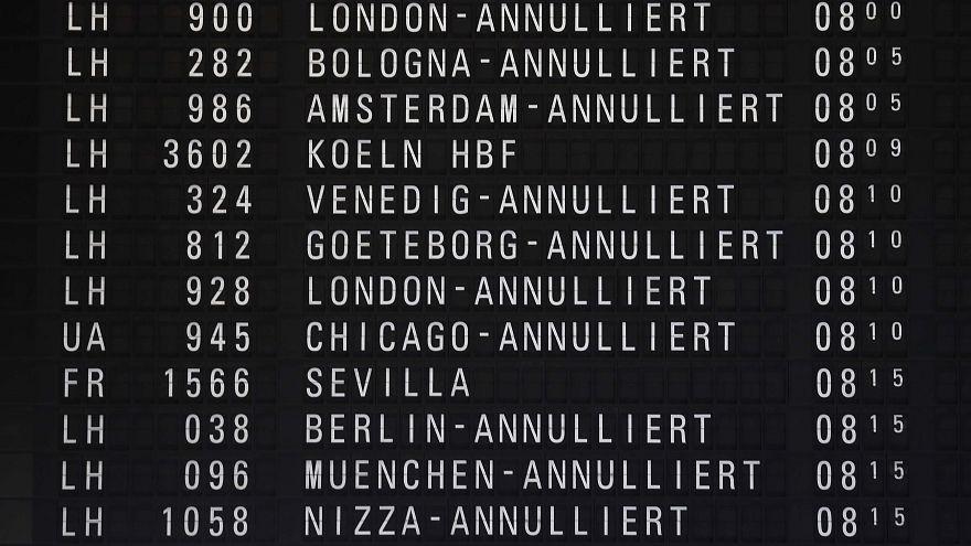 Streiks: Viele Flugausfälle in Deutschland und Frankreich
