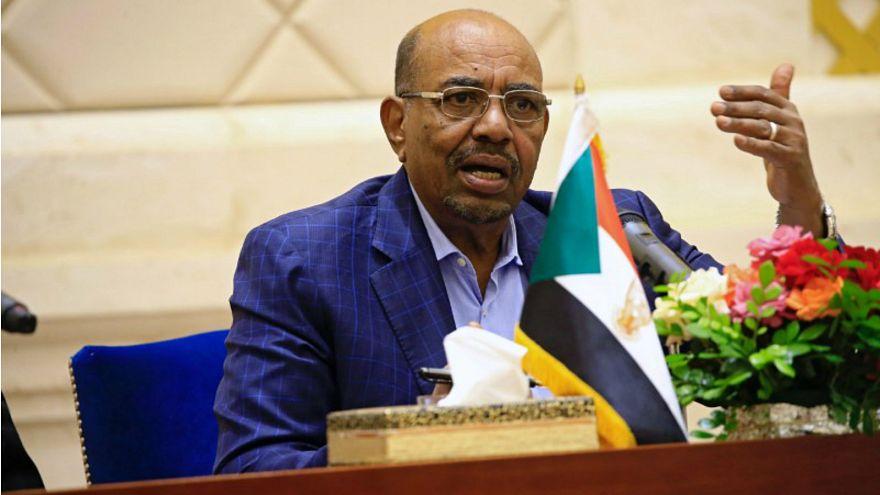 الرئيس السوداني عمر البشر