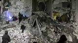 Gyermekeket találtak élve az idlíbi romok között