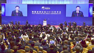 Κίνα: Υποσχέσεις για άνοιγμα της οικονομίας