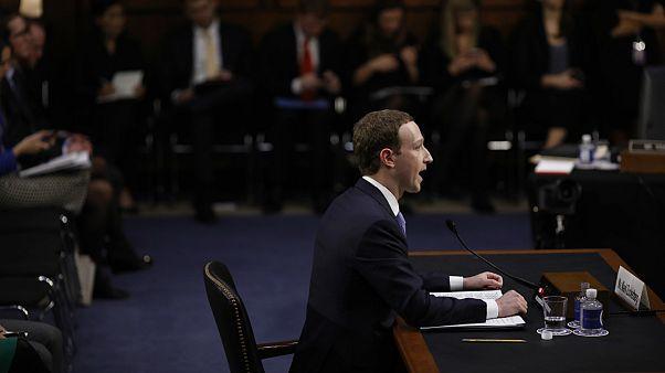 زاکربرگ: از اینکه در شناسایی فعالیت روسیه در فیسبوک سریع نبودم پشیمانم