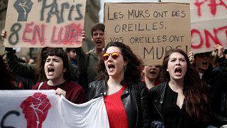 Estudantes e professores contestam reforma do acesso às universidades