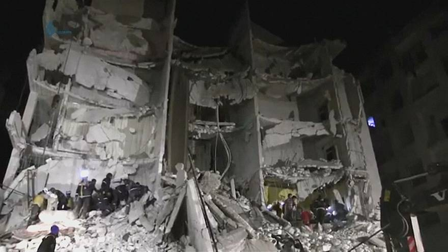 Capacetes Brancos divulgam vídeo de salvamentos em Idlib