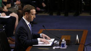 El presidente de Facebook entona el 'mea culpa'