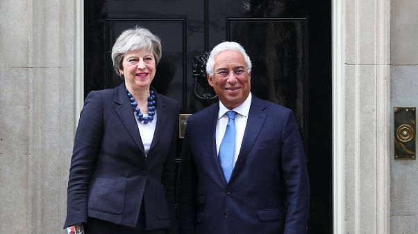 Costa e May falam de Brexit, Skripal e Síria