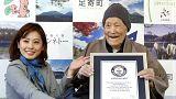أكبر رجل في العالم يدخل موسوعة غينيس بعمر 122 عاماً