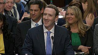 Los momentos difíciles de Zuckerberg ante el Congreso