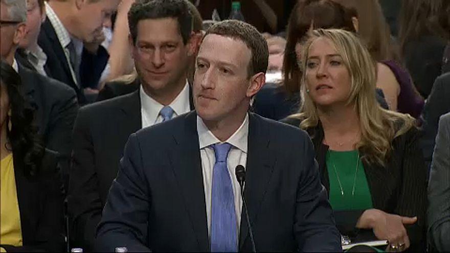 """A Facebook """"fegyverkezési versenyben"""" van Oroszországgal"""