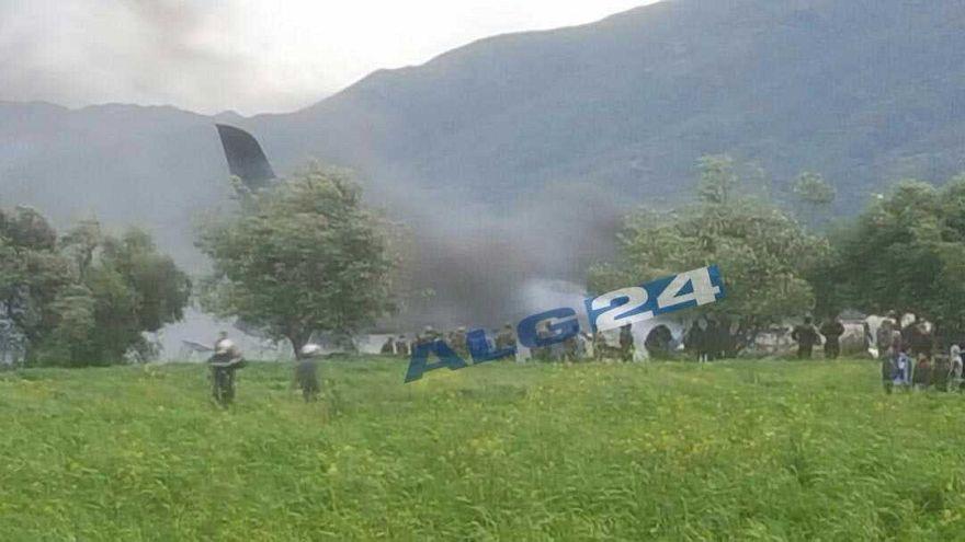 257 morts dans le crash d'un avion militaire en Algérie