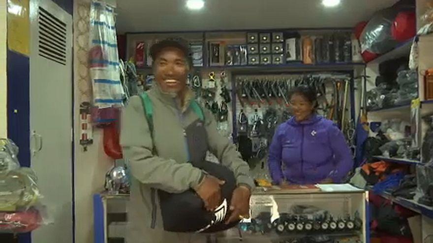 Új rekord dőlhet meg a Mount Everesten