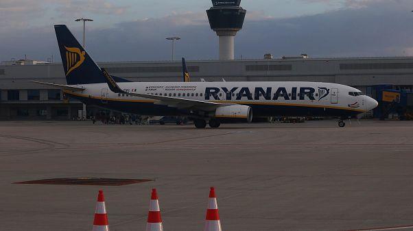 Ryanair: «Μαχαίρι» στις πτήσεις της Ελλάδας- Ποια δρομολόγια «κόβονται»