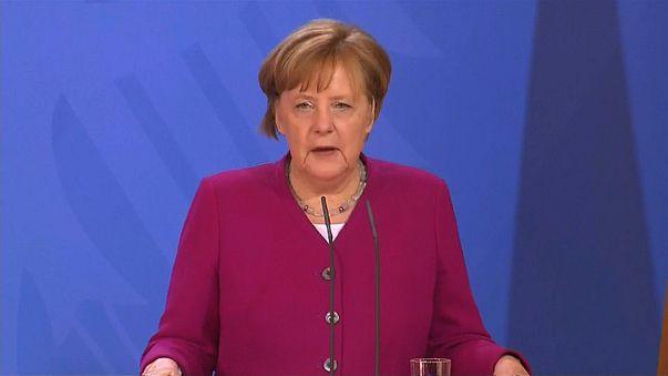 Merkel lamenta falta de consenso para investigar ataques na Síria