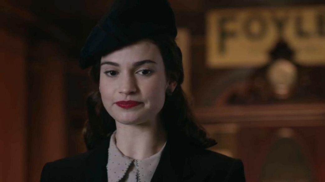 Lily James se abona al drama histórico