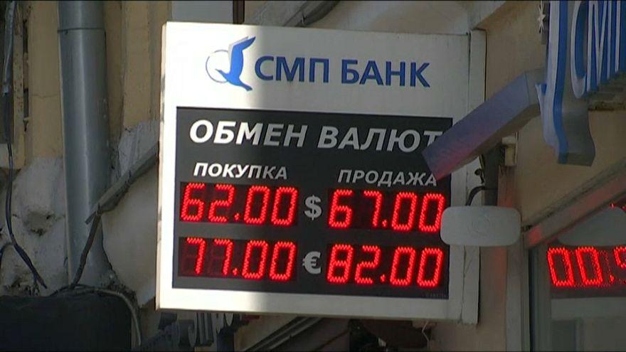 El rublo pierde el 10% de su valor en dos días