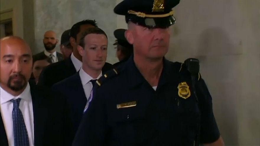 """Цукерберг """"не против"""" регулирования интернета и соцсетей"""