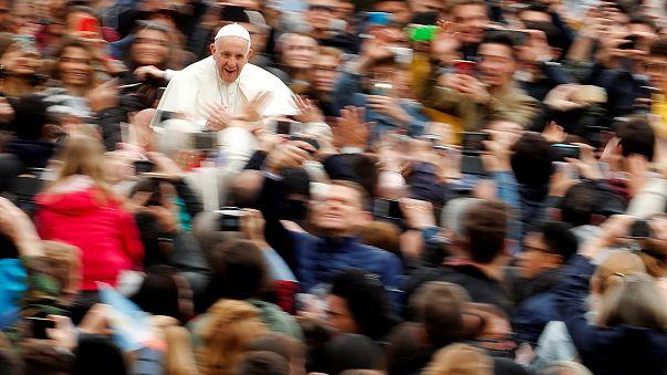«Mea culpa» από τον Πάπα για το σεξουαλικό σκάνδαλο με κληρικούς στη Χιλή