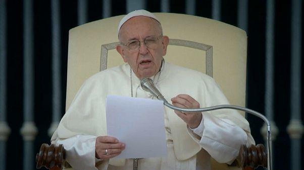 El papa reconoce que se equivocó en el caso Barros