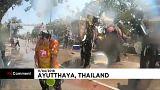 """En Thaïlande, des """"éléphants éclabousseurs"""" lancent le Festival de l'eau"""