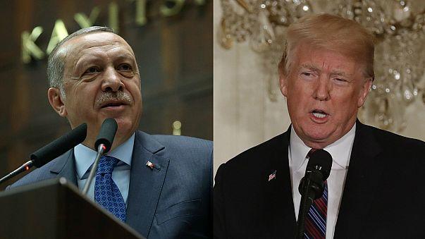أردوغان وترامب يبحثان الأزمة السورية