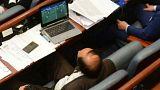 Macedónia: a foci érdekesebb, mint a bizalmatlansági indítvány