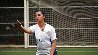 از افغانستان تا مکزیک؛ خالده دختران فوتبالیست را به جام جهانی میبرد