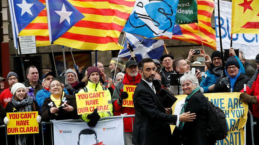 Katalanische Ex-Ministerin kämpft gegen Auslieferungsverfahren