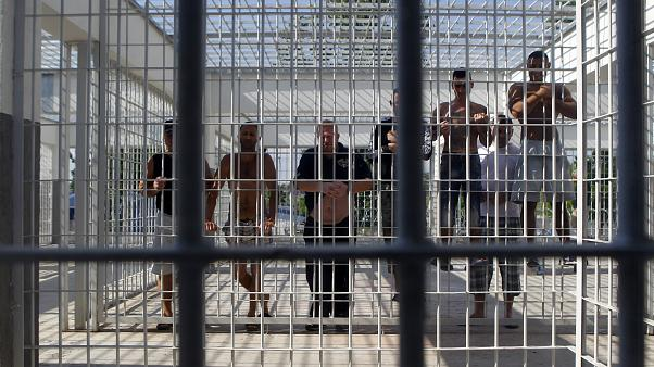 Romanian minister wants his country's criminals in Swiss jails sent home
