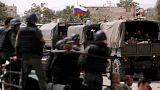 پرچم روسیه بر کاروان نظامی در ورودی پایگاه وفیالدین در شهر دمشق