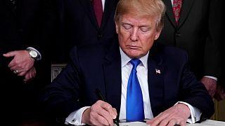 Επανεξετάζει ο Τραμπ τη συμφωνία εμπορίου με κράτη του Ειρηνικού