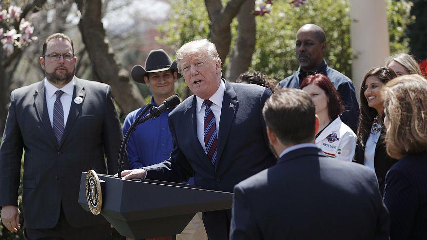 Trump hesitates on Pacific trade partnership
