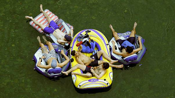 Swiss set to scrap booze limits for rubber dinghies