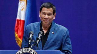 الرئيس الفلبيني يعتذر عن وصفه ما يحدث في ميانمار بالابادة الجماعية