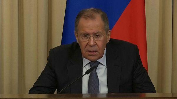 Lavrov: Kimyasal silah kullanımı iddialarının hepsi uydurma