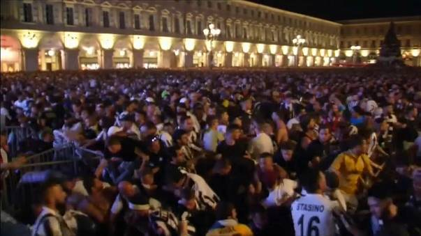 Piazza San Carlo, sette arresti