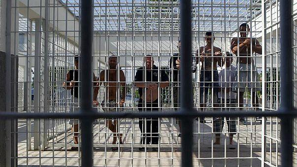 """رومانيا """"تحسد"""" مواطنيها المسجونين في سويسرا وتطالب باستعادتهم"""