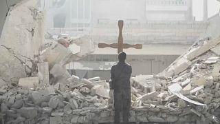 I cristiani di ritorno in Siria chiedono pace, ma anche la fine dell'ingerenza delle potenze straniere