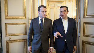 Τσίπρας προς Μακρόν: «Ελληνικές ένοπλες δυνάμεις δεν θα συμμετάσχουν σε πιθανή επέμβαση στη Συρία»