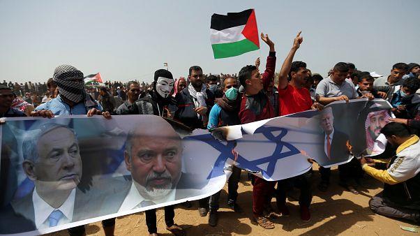 Протесты в секторе Газа: пострадали около 400 палестинцев